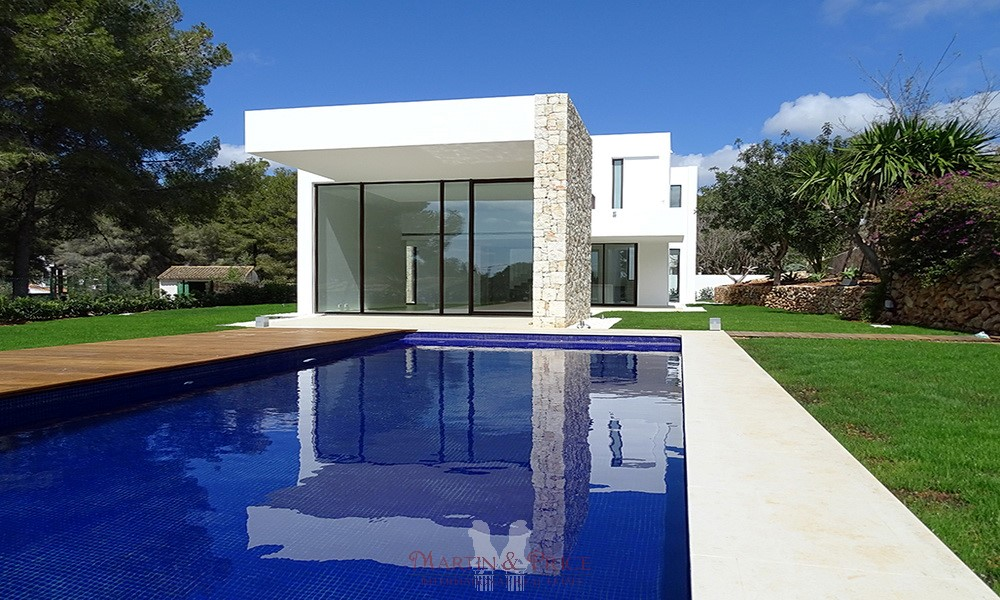 Exclusive villa in El Portet