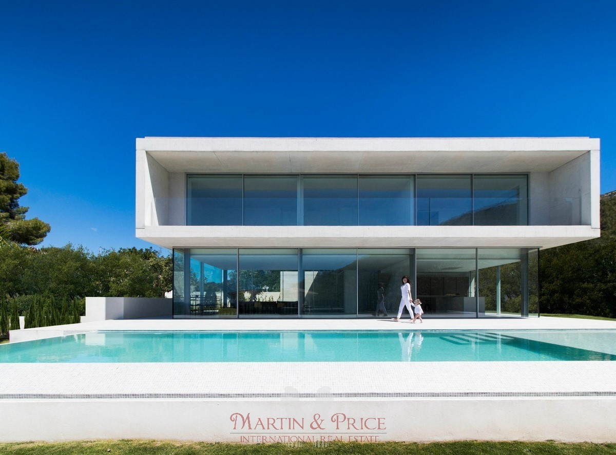 Exclusive villa in El Portet, Moraira