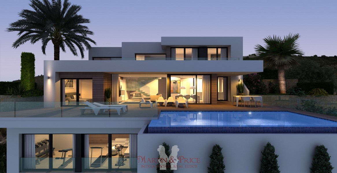 Luxury villa in Cumbre del Sol