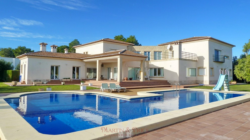 Exclusive villa in Javea
